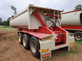 ALLROADS ROCKWHEELER 2013 TRI AXLE DOOR SIDE TIPPER - picture3' - Click to enlarge