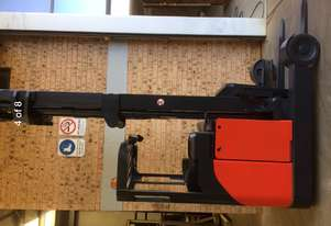 National Forklifts-Linde Late Model R20 Sit On Reach Truck 8.85m Low Hours Great