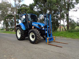 New Holland T5.115  FWA/4WD Tractor - picture0' - Click to enlarge