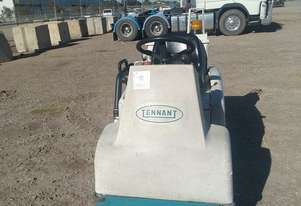Tennant   6100 Sweeper