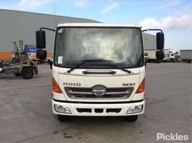 2010 Hino FC500 1018 - picture1' - Click to enlarge