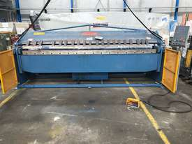 Just In - Late Model Steelmaster 3200mm x 4mm NC Programmable Panbrake Folder - picture2' - Click to enlarge