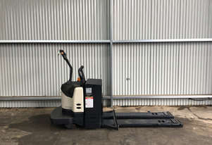 Crown PE4000 Pallet Jack Jack/Lifting