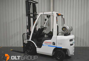 Nissan Unicarriers 2.5 Tonne Forklift LPG 2016 Series Low Hours 4500mm Lift Height