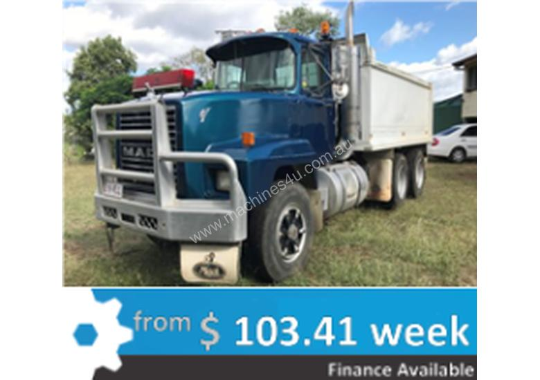 1995 Mack Metro Liner Truck - NOW $32,000 no GST