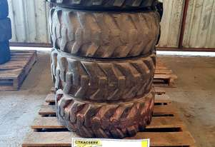 Bobcat   Tyres with Rims