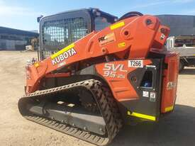 KUBOTA SVL95-2 TRACK LOADER WITH SUPER LOW 320 HOURS - picture1' - Click to enlarge