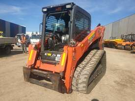 KUBOTA SVL95-2 TRACK LOADER WITH SUPER LOW 320 HOURS - picture2' - Click to enlarge