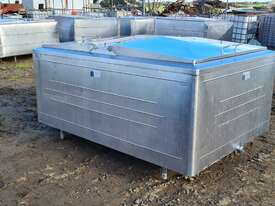 STAINLESS STEEL TANK, MILK VAT 1850 LT - picture0' - Click to enlarge