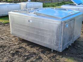 STAINLESS STEEL TANK, MILK VAT 1850 LT - picture1' - Click to enlarge