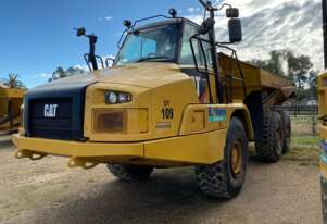 Caterpillar   725C Dump Trucks