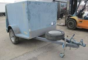 Trailers 2  000 7X5X4 Enclosed