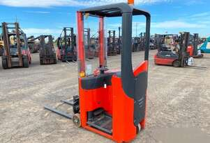 Linde E10 - Compact Electric Counterbalance Stacker - 1T Capacity
