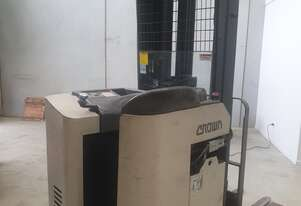 Crown 1.6T Stand In Reach Truck with brand new batteries