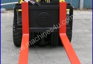 2500kg Capacity Rotator Forklift Attachment - Brand New!!