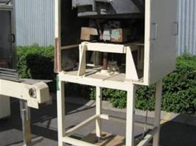 Filling Machinery - picture4' - Click to enlarge