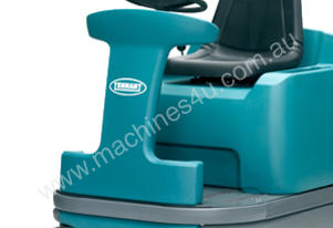 TENNANT S12 Compact Rider Sweeper USED