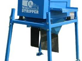 Andela Windshield Stripper