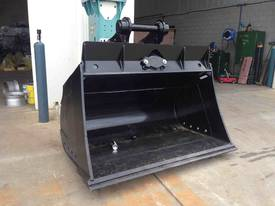 20 - 25 Tonne Tilting Mud Bucket