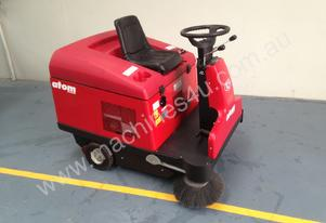 Rcm   ride on sweeper