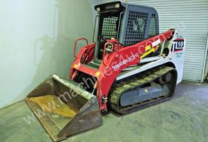 AIR CONDITIONED TRACK LOADER S/N -558