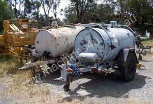 fuel tanker trailer , 2000ltr , air brakes ,