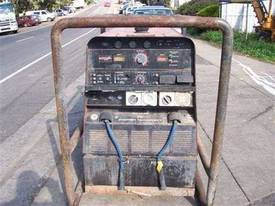 lincoln 575 vantage welder / generator 20kva 3phs - picture1' - Click to enlarge