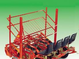Wolf B24/B27/B30 Transplanter - picture0' - Click to enlarge