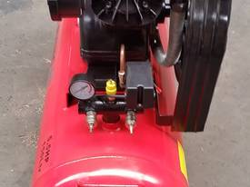 NEW AIR COMPRESSOR 5.5Hp (4Kw) 150 Ltr Tank *ON SALE* - picture8' - Click to enlarge