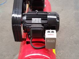 NEW AIR COMPRESSOR 5.5Hp (4Kw) 150 Ltr Tank *ON SALE* - picture11' - Click to enlarge