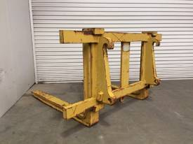 LOADER/TELEHANDLER PALLET FORKS IN EXCELLENT CONDITION D718 - picture1' - Click to enlarge