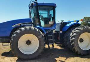 New Holland   TJ325 4WD