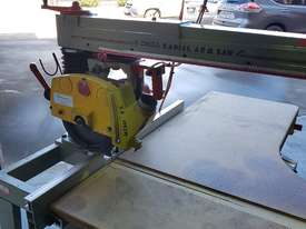 Omga Radial 700 Radial Arm Saw - picture0' - Click to enlarge