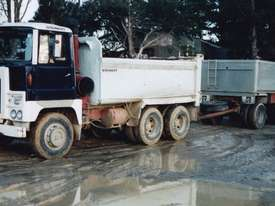 TIPPER TRUCK SCAMMELL - picture0' - Click to enlarge