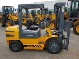 Victory VF35D diesel forklift - picture0' - Click to enlarge