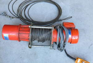 Winch Electric 400kg Capacity, 11.5 - 18 m/min