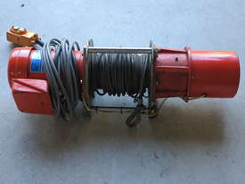 Winch Electric 400kg Capacity, 11.5 - 18 m/min - picture1' - Click to enlarge