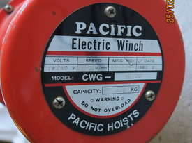 Winch Electric 400kg Capacity, 11.5 - 18 m/min - picture2' - Click to enlarge