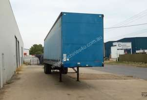 Freighter Semi Curtainsider Trailer