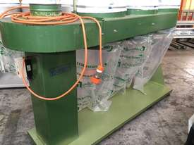 GJ Wheeler 3 Bag Dust Collector - picture2' - Click to enlarge