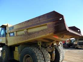 1996 Caterpillar 769D Dump Truck *CONDITIONS APPLY* - picture10' - Click to enlarge