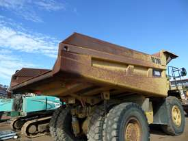 1996 Caterpillar 769D Dump Truck *CONDITIONS APPLY* - picture11' - Click to enlarge