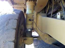 1996 Caterpillar 769D Dump Truck *CONDITIONS APPLY* - picture15' - Click to enlarge