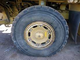 1996 Caterpillar 769D Dump Truck *CONDITIONS APPLY* - picture19' - Click to enlarge