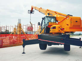 Dieci Pegasus 50.21 - 5T / 20.5 Reach 360* Rotational Telehandler - picture0' - Click to enlarge