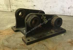 HEAD BRACKET TO SUIT 4-6T EXCAVATOR D968