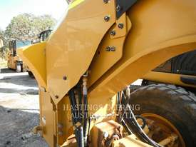CATERPILLAR 140M Motor Grader - picture9' - Click to enlarge