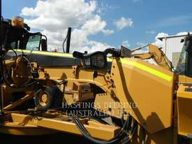 CATERPILLAR 140M Motor Grader - picture10' - Click to enlarge