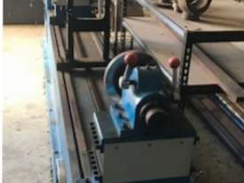 Drive Shaft Balancing Machine - picture4' - Click to enlarge