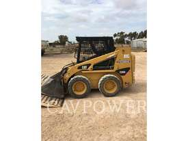 CATERPILLAR 226B2 Skid Steer Loaders - picture2' - Click to enlarge
